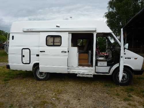 fourgon am nag camping car mercedes sprinter pictures to. Black Bedroom Furniture Sets. Home Design Ideas